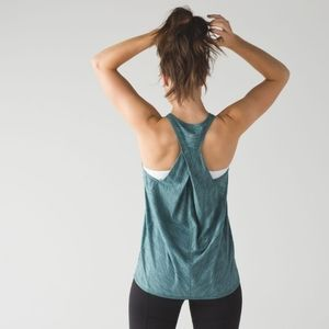 LULULEMON Essential Tank Heathered Deep Green